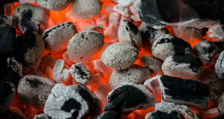 charcoal-grilling-in-boulder